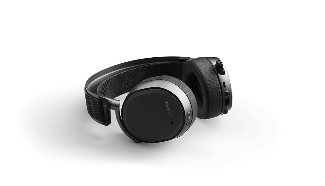 arctis pro ps4 gaming headset with ultra-low latency wireless audio